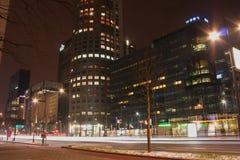 Vista della città di notte di Rotterdam, Netherland fotografie stock libere da diritti