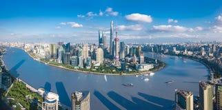 Vista della città di panorama di SHANGHAI, CINA fotografia stock