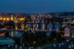 Vista della città di Praga nella notte, repubblica Ceca Immagine Stock Libera da Diritti