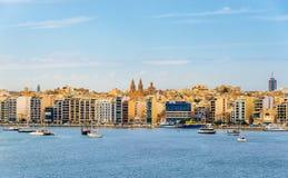 Vista della città di Sliema - Malta fotografia stock