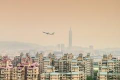 Vista della città di Taipei da area di Surburban Fotografia Stock