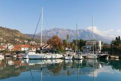 Vista della città di Teodo, Montenegro Fotografia Stock
