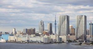 Vista della città di Tokyo con l'albero del cielo di Tokyo Fotografia Stock Libera da Diritti