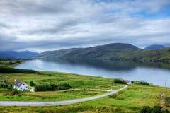 Vista della città di Ullapool in Scozia Fotografia Stock