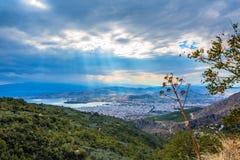 Vista della città di Volos dal supporto di Pelio, Grecia Fotografie Stock