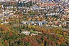 Vista della città di Zurigo dalla montagna di Uetliberg Fotografia Stock Libera da Diritti