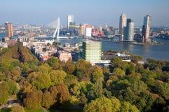 Vista della città e della sosta di Rotterdam da Euromast Fotografia Stock