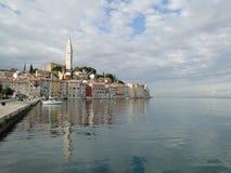 Vista della città Mediterranea, Rovigno Fotografia Stock
