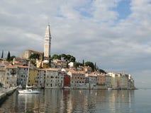 Vista della città Mediterranea, Rovigno Fotografia Stock Libera da Diritti