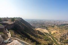 Vista della città rosa dalla fortificazione di Nahargarh, Jaipur fotografia stock