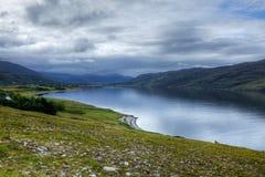 Vista della città scozzese di Ullapool Fotografia Stock