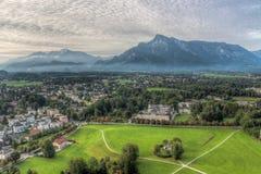 Vista della città storica di Salisburgo, terra di Salzburger, Austria Immagini Stock