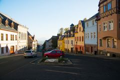 Vista della cittadina meravigliosa in una del suo più vecchio historica immagine stock libera da diritti
