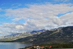 Vista della costa della Dalmazia in Croazia immagini stock