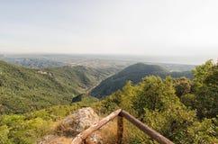 Vista della costa della Toscana dalle alpi di Apuan Immagine Stock