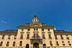 Vista della facciata del municipio fotografia stock
