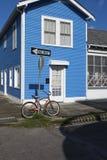 Vista della facciata di una casa colourful nella vicinanza di Marigny nella città di New Orleans, Luisiana Fotografia Stock