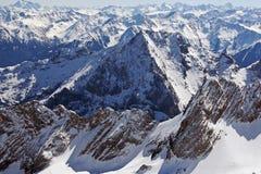Vista della gamma di alta montagna di Zugspitze, Germania Fotografia Stock Libera da Diritti