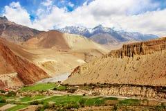 Vista della gola Kali Gandak della montagna nepal Le montagne himalayane Fotografia Stock Libera da Diritti