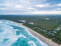 Vista della linea costiera dell'oceano vicino al parco della Suffolk Fotografia Stock Libera da Diritti