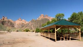 Vista della località di soggiorno turistica Parco nazionale di Charyn Regione di Almaty kazakhstan fotografie stock libere da diritti
