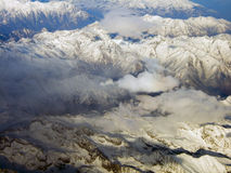 Vista della montagna delle alpi dal cielo Immagini Stock
