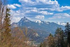 Vista della montagna di Saeuling nelle alpi bavaresi Fotografie Stock Libere da Diritti
