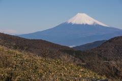 Vista della montagna Fuji con l'alta montagna Fotografia Stock Libera da Diritti
