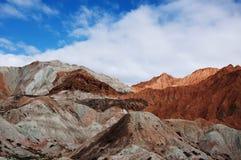 Vista della natura della montagna e del cielo blu Immagini Stock Libere da Diritti