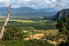 Vista della natura intorno a Vang Vieng Immagini Stock