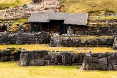 Vista della parete di Sacsayhuaman, in Cuzco, il Perù. Immagini Stock Libere da Diritti