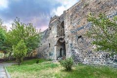 Vista della parete storica nella regione di Sur, Diyarbakir, Turchia fotografia stock libera da diritti