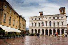 Vista della piazza Vecchia con la biblioteca pubblica, Bergamo, Italia, Citta Alta, Fotografia Stock
