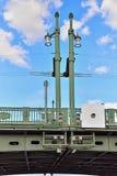 Vista della portata della basculla del ponte del palazzo con il fiume Nev fotografia stock libera da diritti