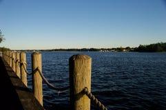 Vista della riva del fiume Immagine Stock Libera da Diritti