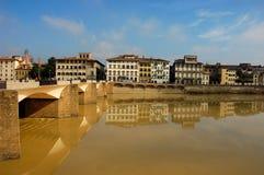 Vista della riva del fiume di Firenze Fotografia Stock Libera da Diritti