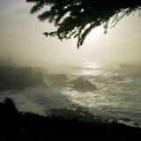 Vista della scogliera dell'oceano fotografie stock