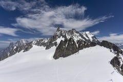 Vista della sommità di Dente del Gigante nel massiccio di Mont Blanc Fotografia Stock Libera da Diritti