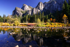 Vista della sosta nazionale del Yosemite Immagini Stock
