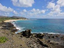 Vista della spiaggia del ` u di Makapu dall'allerta del ` u di Makapu, Hawai Fotografia Stock Libera da Diritti