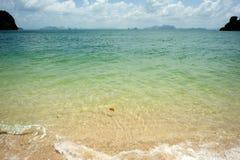 Vista della spiaggia della spiaggia tailandese Immagini Stock