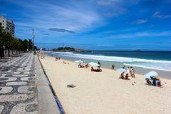 Vista della spiaggia di Arpoador in Rio de Janeiro Fotografie Stock