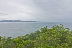 Vista della spiaggia su Bombinhas Fotografia Stock