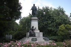 Vista della statua di Cavour fotografia stock libera da diritti