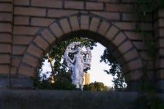 Vista della statua di una ragazza Immagine Stock