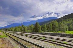 Vista della stazione ferroviaria vuota di Smithers Columbia Britannica Fotografia Stock