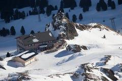 Vista della stazione sciistica Jungfrau Wengen fotografie stock libere da diritti
