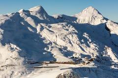 Vista della stazione sciistica Jungfrau Wengen in Svizzera Immagini Stock Libere da Diritti