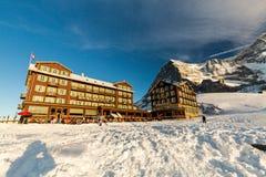 Vista della stazione sciistica Jungfrau Wengen in Svizzera Fotografie Stock