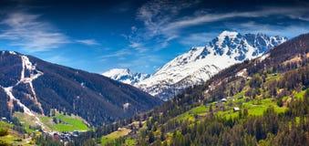 Vista della stazione sciistica Vars, alpi, Francia Immagini Stock Libere da Diritti